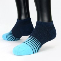 【老船長】(8462)EOT科技不會臭的萊卡抗菌足弓氣墊船型襪-1雙入-藍色25-27CM